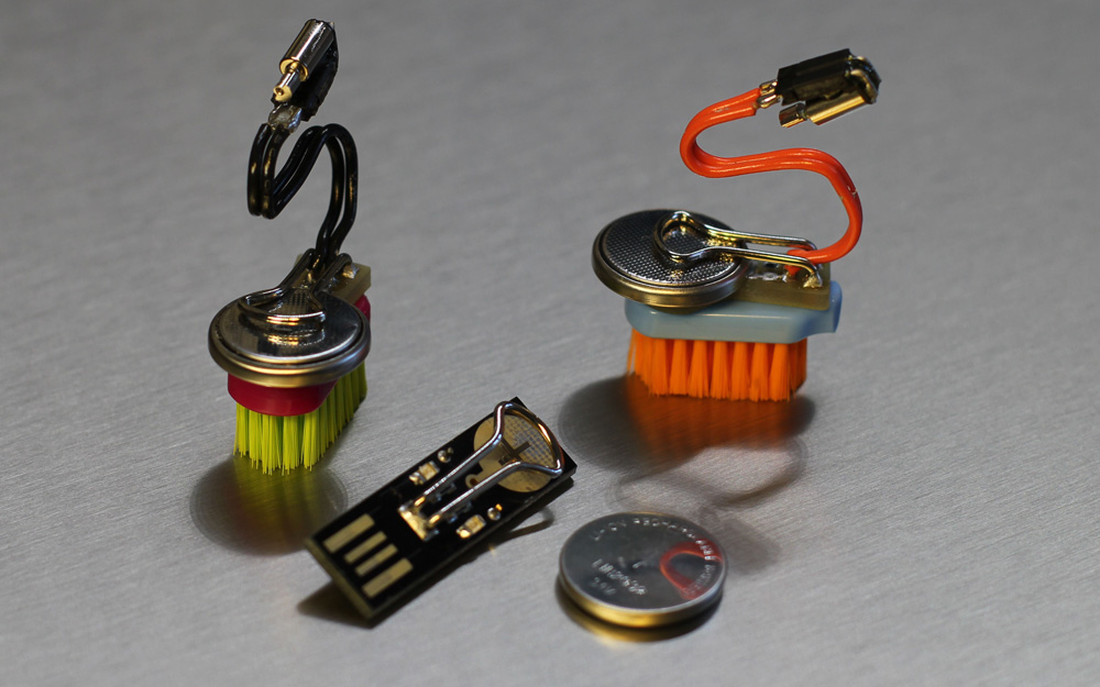 HEI_do_USB-Charger_LIR2032_3